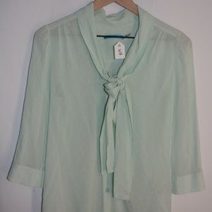 R 618 alice and olivia Blouse Size XS 3/4 Sleeve
